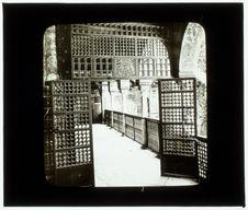 Constantine. palais d'Ahmed Bey, une porte intérieure