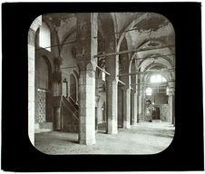 Le Caire. Mosquée de Bakuk. Intérieur
