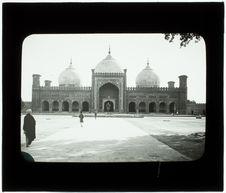 Lahore. Intérieur de la mosquée Padishah