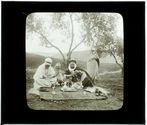 Kabylie: Un caïd se faisant faire la lecture