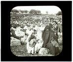 Sousse. Femmes arabes sur une tombe