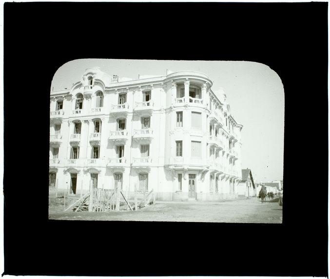 Tunis moderne. Maison en style italien sur le remblai
