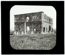 Lambèze. Pretorium romain