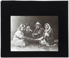 Groupe de Kirghizes