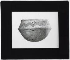 Vase néolithique des Pyrénées [dessin]