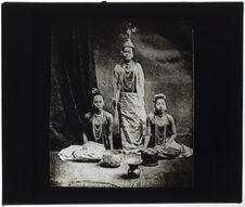 Chanteuses birmanes de la cour de Mandalay
