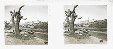 Sans titre [trois hommes au pied d'un arbre]