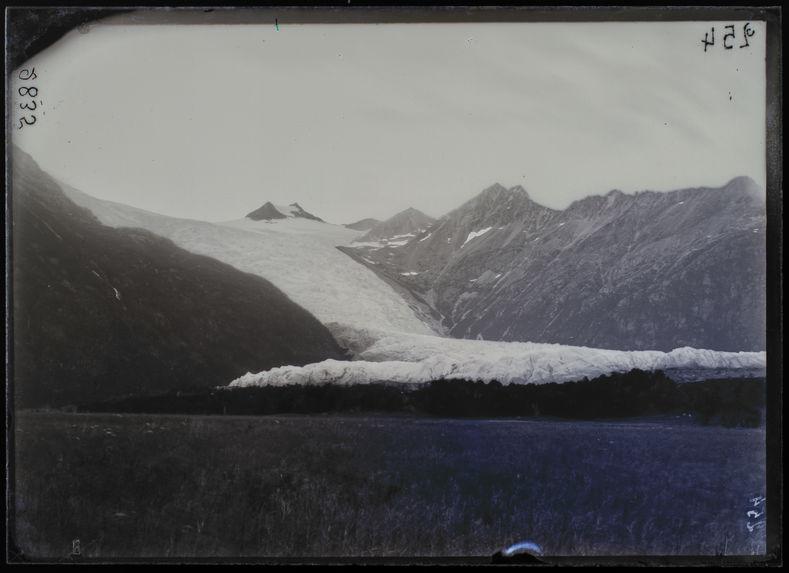 Glacier du Mont Darwin, vue prise de la Prairie