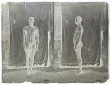 Soldat indigène, nu (face et profil), Ghinda [portrait d'homme]