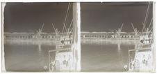 Sans titre [vue générale d'un port]