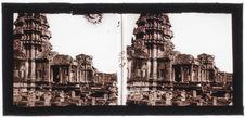 Angkor-Vat : Porte principale de la façade intérieure 1ère enceinte