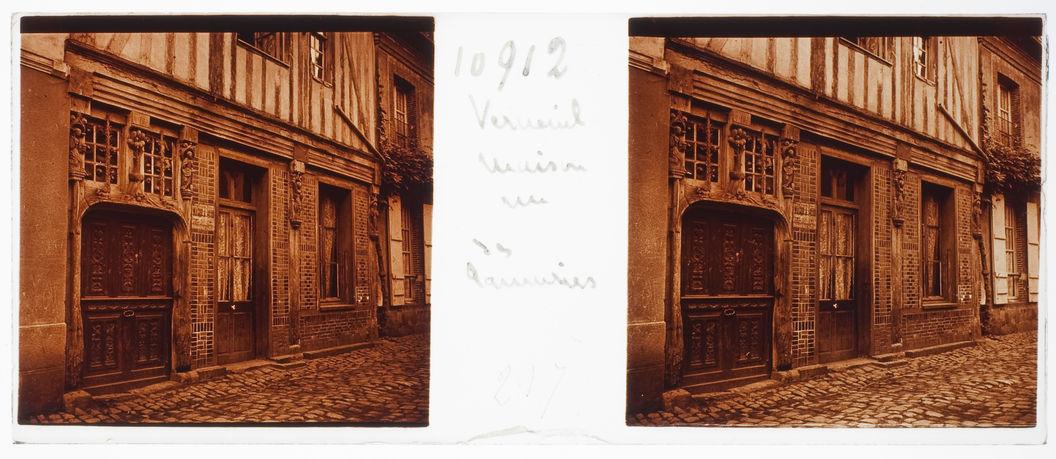 Verneuil. Maison rue des [...]