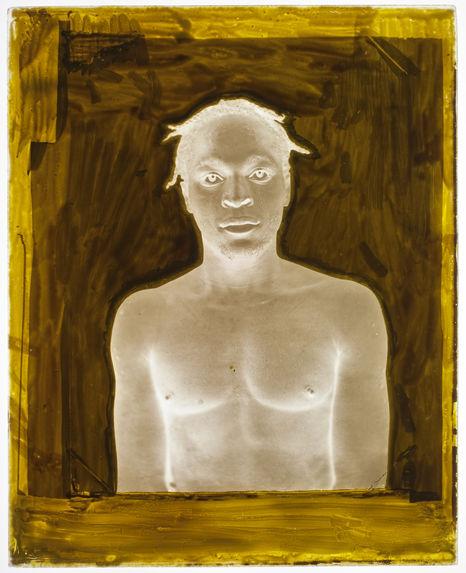 Suriname [Portrait de face, en buste, d'un homme]