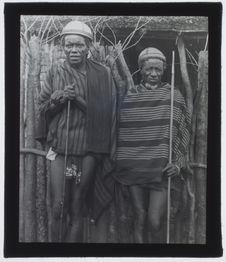 Sans titre [deux grands chefs des tribus Tandroy-Mahafaly]