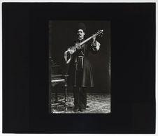 Persan (Tauris) [portrait d'un musicien]