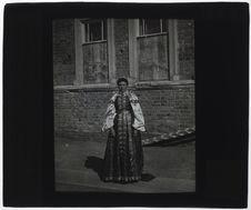Femme cosaque, costume national