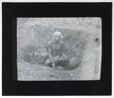 Fouilles dans un cimetière préhistorique d'Adichenallour