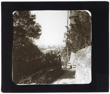 Cerro Santa Lucia. Un sentier au fond de la ville de Santiago