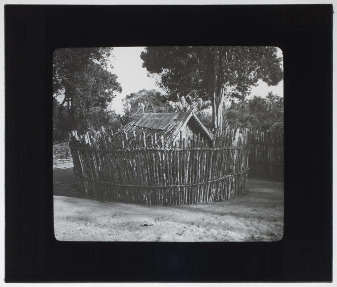 Tombeau de Roengao