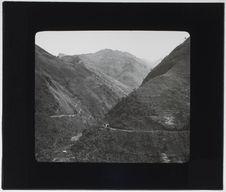 Vue de la vallée du Nam-ti