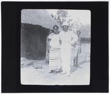 Chef de poste et sa femme haoussa