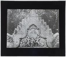 Banteai Srei. Fronton du gopura