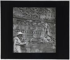 Bas-relief du Bayon. Le combat naval