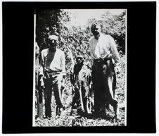 Un indien Maraka avec M. Bolinder