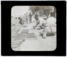 Tirailleurs fabricant des briques