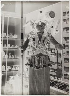 Mannequin costumé (Jitarn)