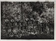 Tribu de Papoua de l'intérieur du pays