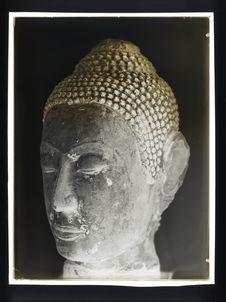 Sans titre [tête khmer]