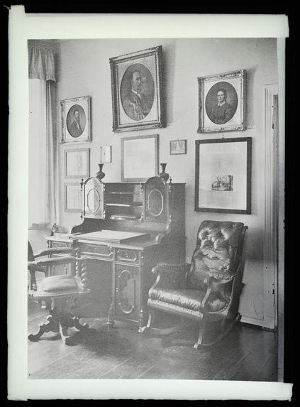 Le cabinet de travail de Rohlfs