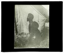 Type de Mo-Humbi, le nègre Chicongo, 18 juin [homme de profil]