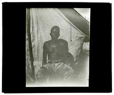 Type de Mo-Humbi, le nègre Chicongo, 18 juin [homme de face]