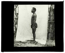 Type de Luchazi, source du Quembo, 6 septembre 1913 [homme de profil]