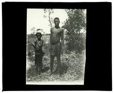Types de Mokomas, confluent Mosuma-Luanginga, 14 octobre 1913 [jeune homme et...