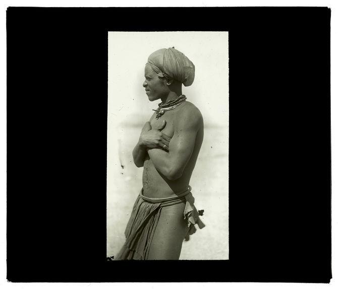 Ma-Nyanéka, entre Chibia et Gambos [homme de profil]