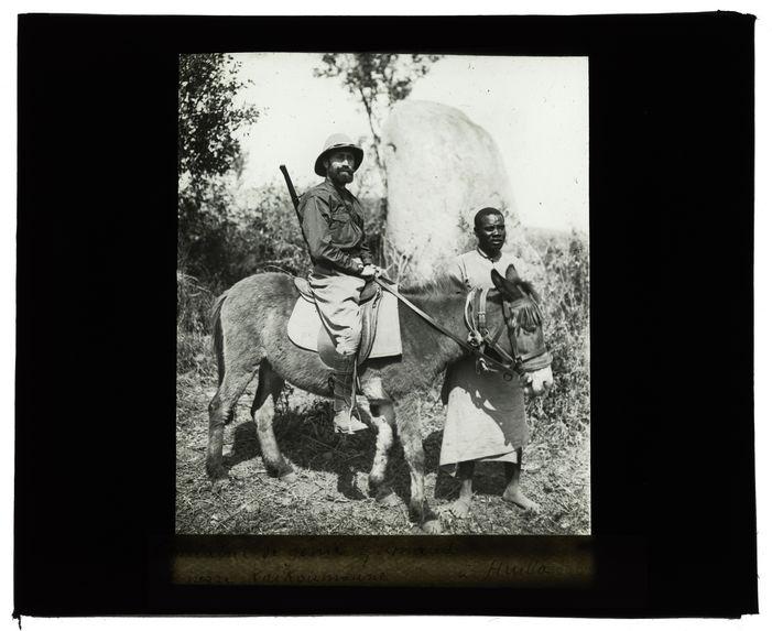 Le capitaine de génie Grimaud et le nègre Kaikoumoune à Huilla