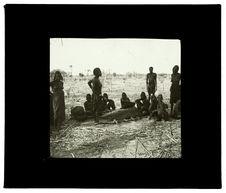 Sans titre [cérémonie funèbre à Humbe, 23 octobre 1912]