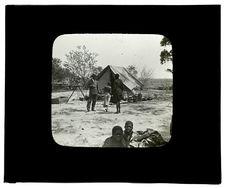 Sans titre [tente du Capitaine Grimaud dressée près de la Mission Evangélique de...