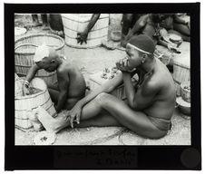 Femme et enfant Birifore à Batié